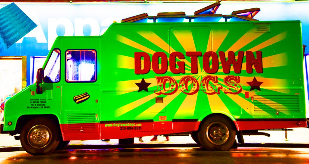 """Dogtown Dogs"" Melrose St. - Los Angeles, Califórnia - EUA"