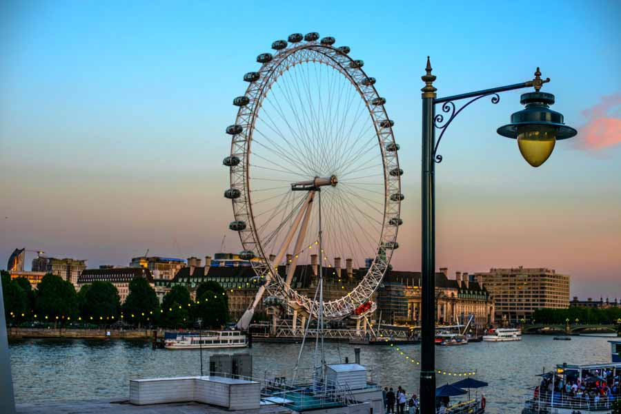 Entardecer em Londres, com vista para a London Eye - 2015
